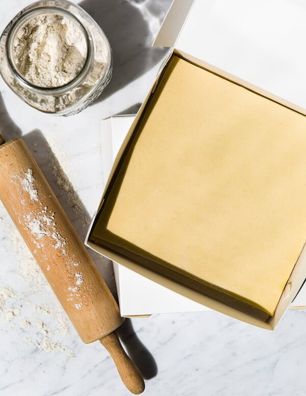 Gluten-free Savoury Shortcrust Uncooked Pastry Sheeted 820g
